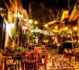 Athens by night (Plaka)